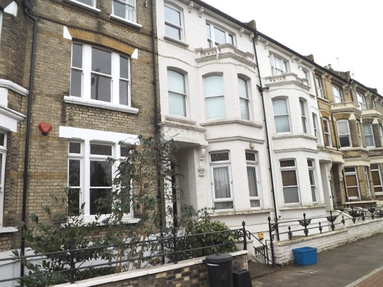 St. Margarets Road, 81A St. Margarets Road, St Margarets Road, Twickenham - EAID:, BID:RB-admin
